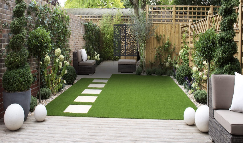 How to Add a Wow Factor to Your Lawn or Garden
