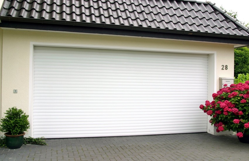 Garage Door Repair Services in Oak Park