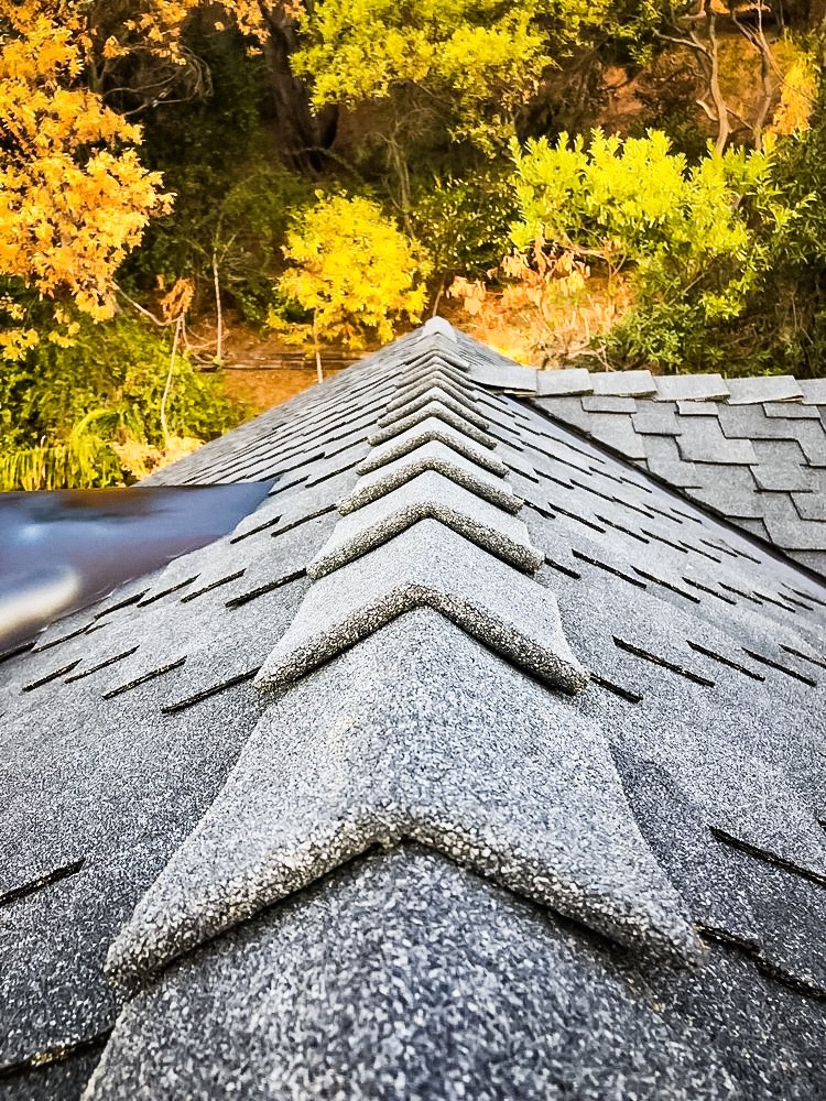roofing-shingles-close-up